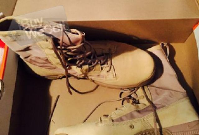 http://www.ibuywesell.com/en_US/item/Army+Nike+Boots+-Arizona+-+Glendale/65907/