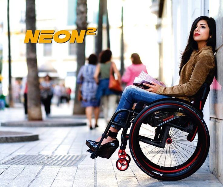 Nouveau fauteuil roulant pliable Quickie Neon²                                                                                                                                                                                 Plus