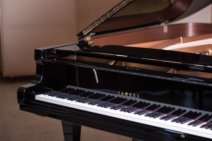 28 best images about yamaha grand piano on pinterest for Yamaha pianos dc