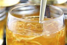 Этот чудодейственный напиток — просто кладезь полезных веществ, витаминов и микроэлементов. Он повышает иммунитет и значительно улучшает общее состояние организма. Кроме этого он обладает еще одной уникальной способностью:...