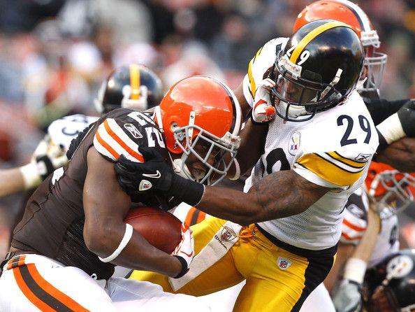 ryan mundy   Ryan Mundy Safety Ryan Mundy #29 of the Pittsburgh Steelers tackles ...