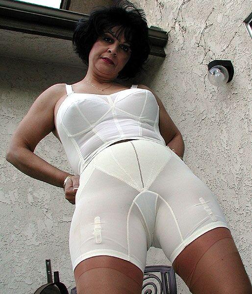 Think, that Women wearing panty girdles