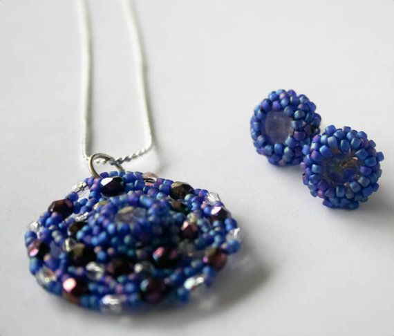 beaded jewelry set Necklace and earrings in blue and by TreGrazie