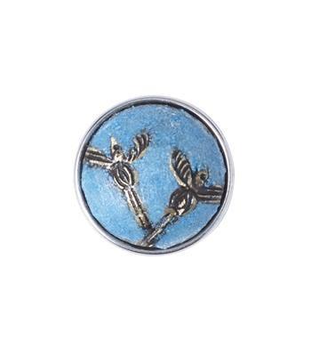 Noosa Amsterdam chunk MELIA. Melia, een boomnimf uit de Griekse mythologie, is de beschermster van de esdoorn. Het es-symbool in deze melia staat voor het hervinden van levenskracht en ambitie. Blauw/zilver - NummerZestien.eu