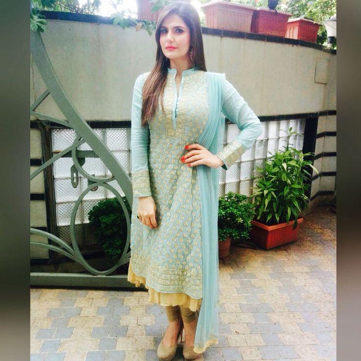 Roposo.com - Zareen Khan