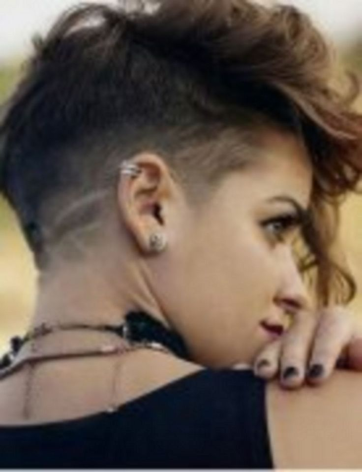 Amazing 35+ The Newest Edgy Pixie Hairstyles For Active Women https://www.tukuoke.com/35-the-newest-edgy-pixie-hairstyles-for-active-women-10889