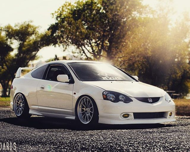 @cwhite297 there ya go but like gold bbs's would look nasty #Acura #rsx #types…