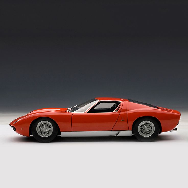 AutoArt Is Committed To Producing The Best Quality Die Cast Models In The  Market Place.