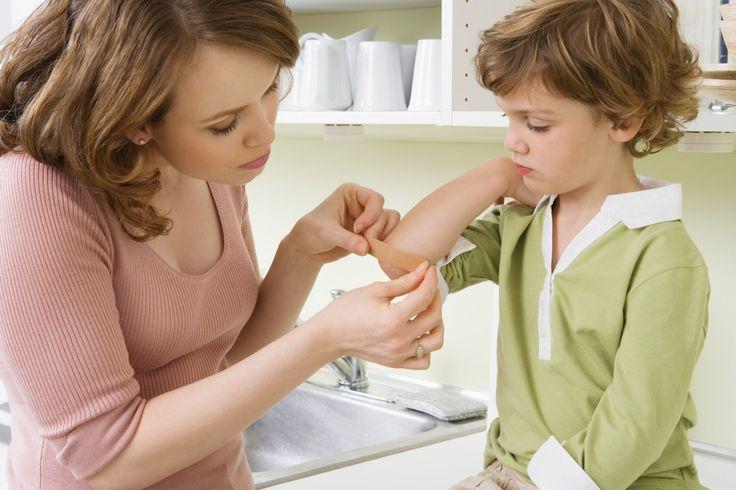 Comment+soigner+les+petits+bobos+de+son+enfant?