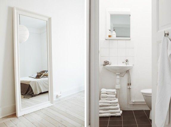 white - bathroom Træ og lys