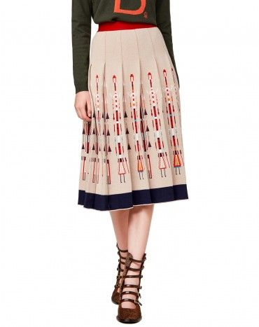 #Benetton #StellaJeanForBenetton #FW16 #collection #trend #fashion #woman #knitwear #beige #skirt