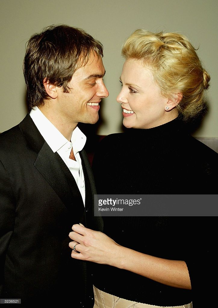 stuart townsend dating history Charlize theron and sean penn fuel dating rumors  her last serious relationship was with stuart townsend, whom she dated for nine years until january 2010  the history of their over-the .