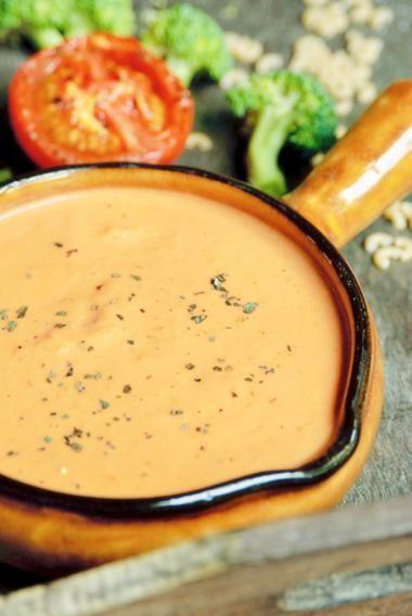 Sausje van geroosterde tomaat