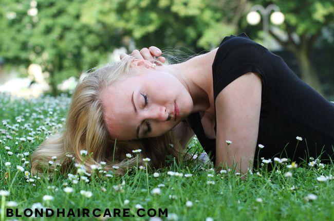 Jak dbać o włosy: olejowanie, emolientowa pielęgnacja, recenzje kosmetyków. Zapuszczanie włosów, rozjaśnianie, zabiegi fryzjerskie.
