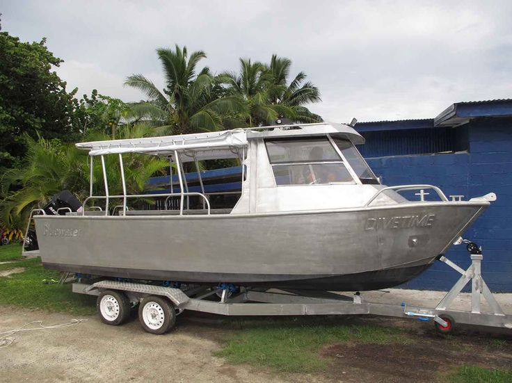 this is our brand new dive boat DiveTime