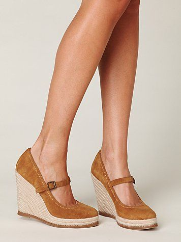 mary jane wedges, caramel color. these are cute and i want them.