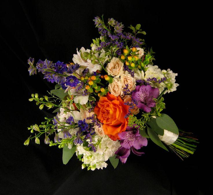 48 best images about purple or lavender weddings on pinterest lavender roses purple and lavender. Black Bedroom Furniture Sets. Home Design Ideas