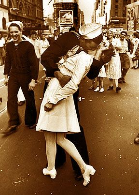 Pearl Harbor: Kiss a WW2 Veteran...