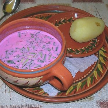 Litauische Rote Beete Suppe - Saltibarsciai