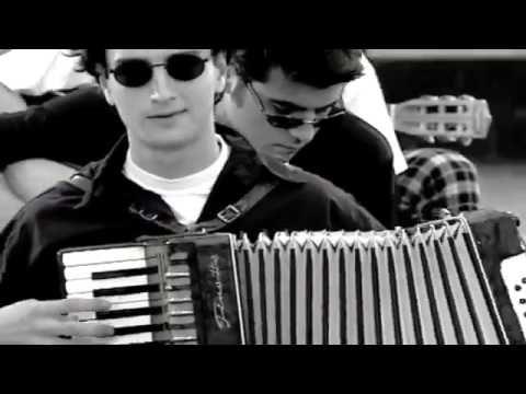 Paşa Gönlüm Zerrin Özer - YouTube