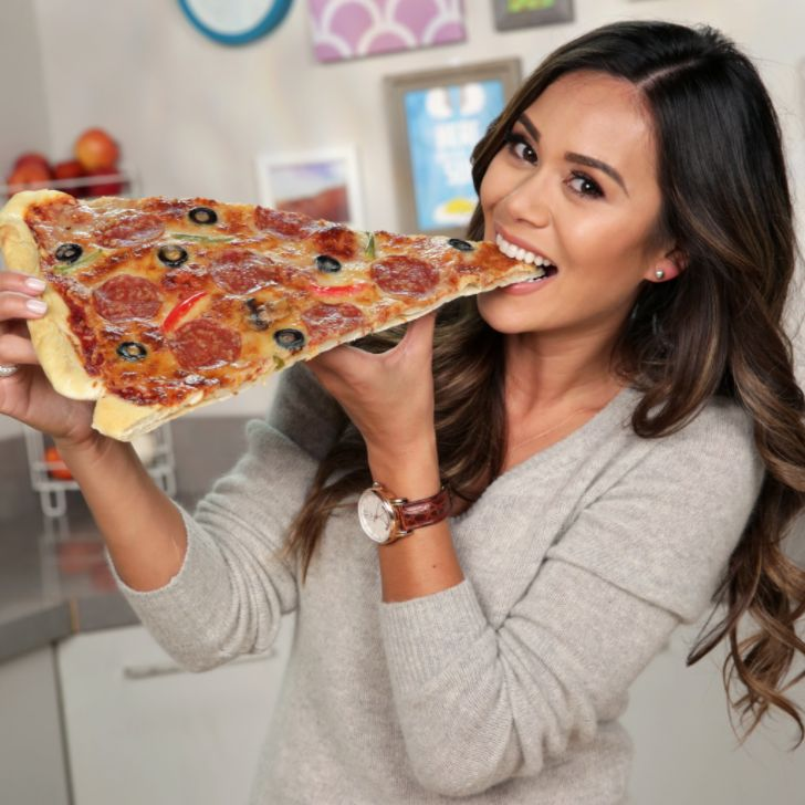 Invite your friends over for a pizza party and serve them up a supersize pizza slice straight from your oven! They'll be scratching their heads wondering when you installed a giant pizza oven in your kitchen. One thing's for sure, this giant slice is totally an Instagram-worthy meal.
