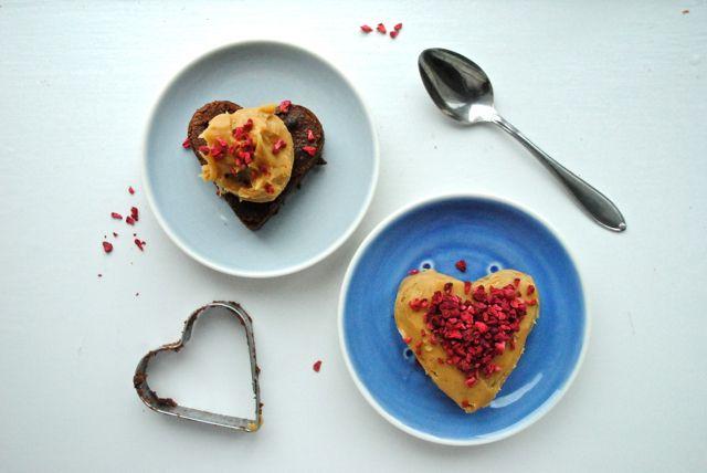 Anne au Chocolat dessert served in handmade kyst plates