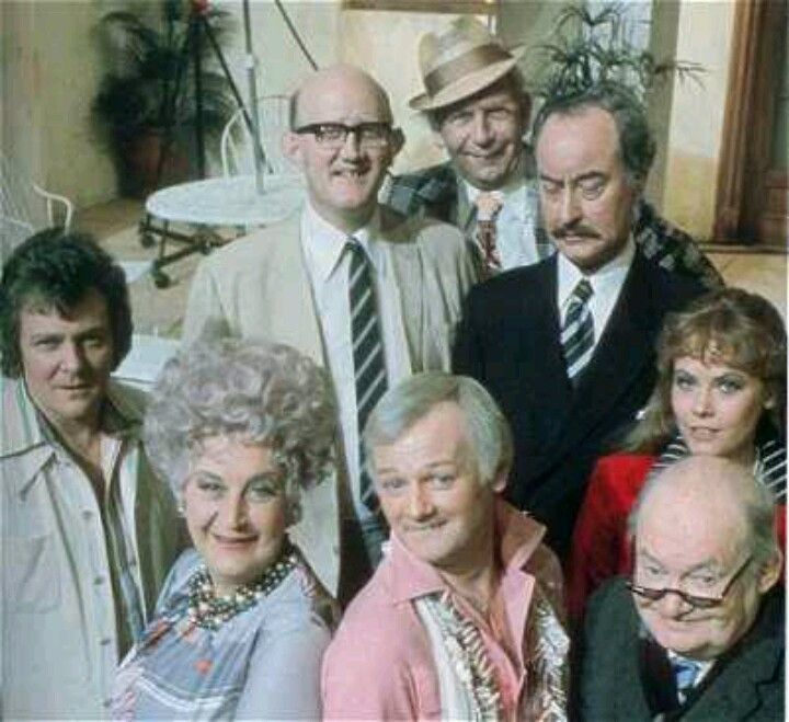 uks best loved british sitcoms - 720×659