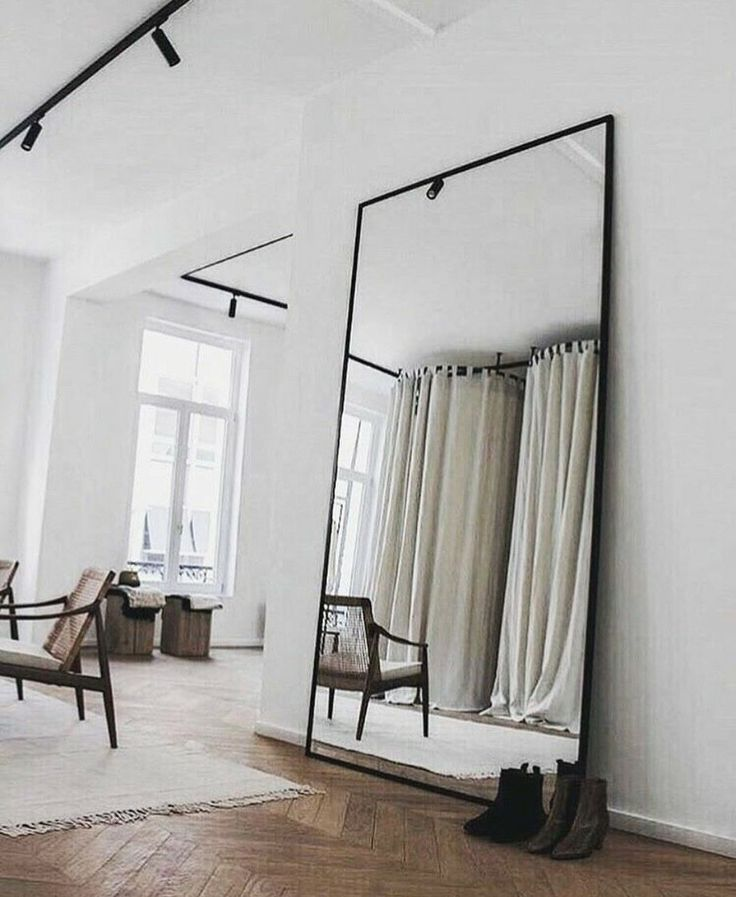 35 Large Mirror Design that You Can Put in Your Bedroom