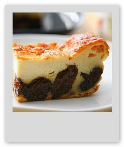 Le far breton est un incontournable de la cuisine bretonne.