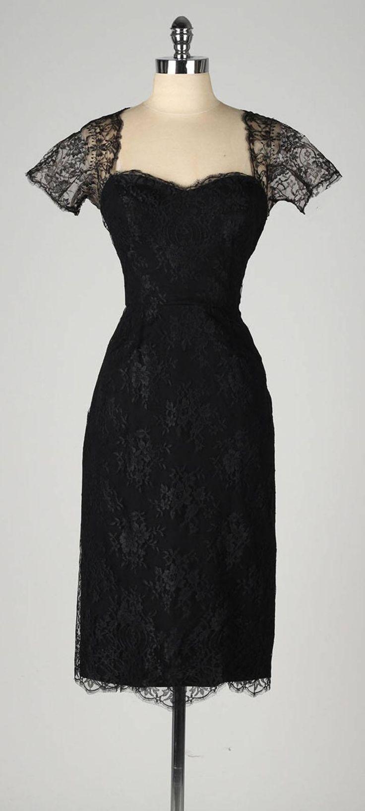 Vintage 1950's Estevez Chantilly Lace Cocktail Dress