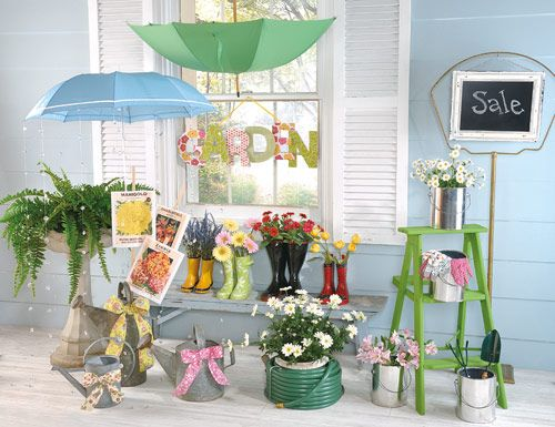 950 best window display ideas images on pinterest windows display ideas an - Idee decoration vitrine ...