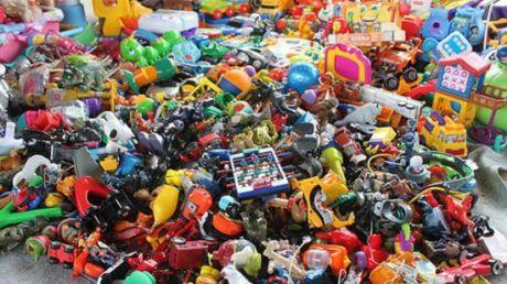 România: Caputră record de 3.400 de jucării sosite din China. Polițiștii au întocmit dosar penal