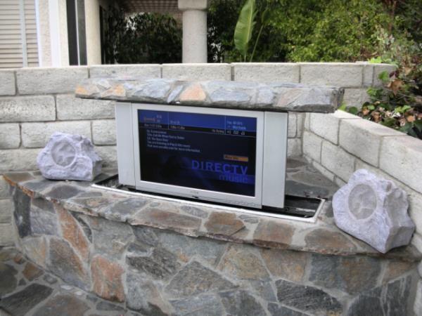 Pop up Outdoor TV Lift System by #Morphbotics  #TVLift #outdoorTV #tvoutside