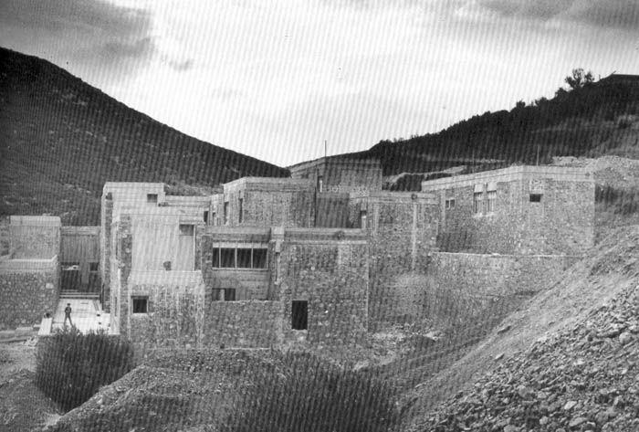 Housing settlement in Distomon, by Atelier 66