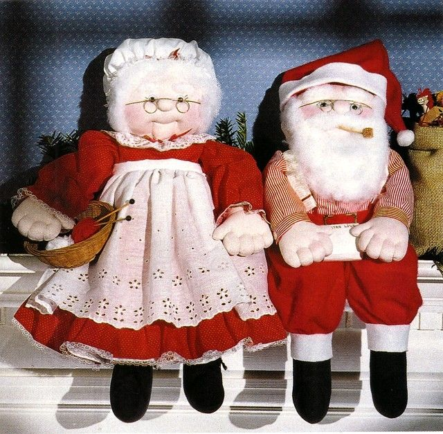 free online Mr & Mrs Santa doll patterns