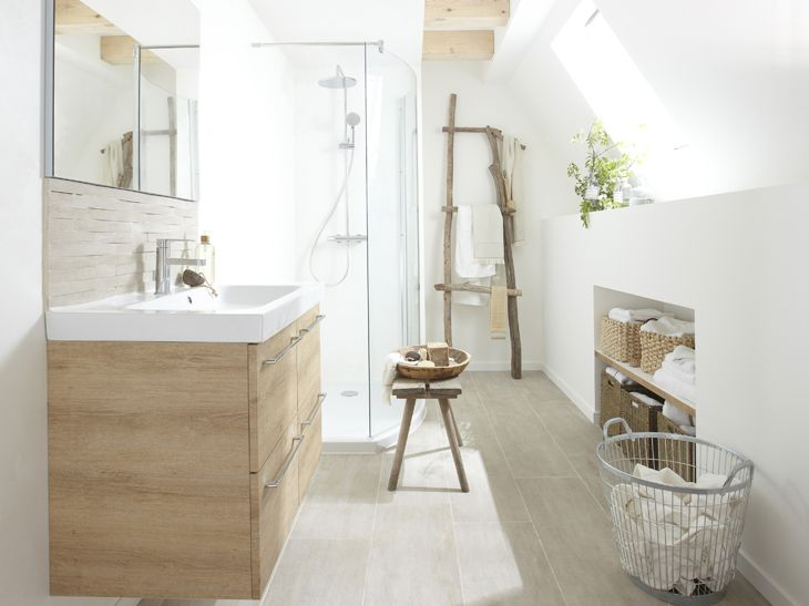 Salle Du0027eau Avec Carrelage Imitation Parquet | HOME En 2019 | Cosy  Bathroom, Bathroom Inspo Et Attic Bathroom