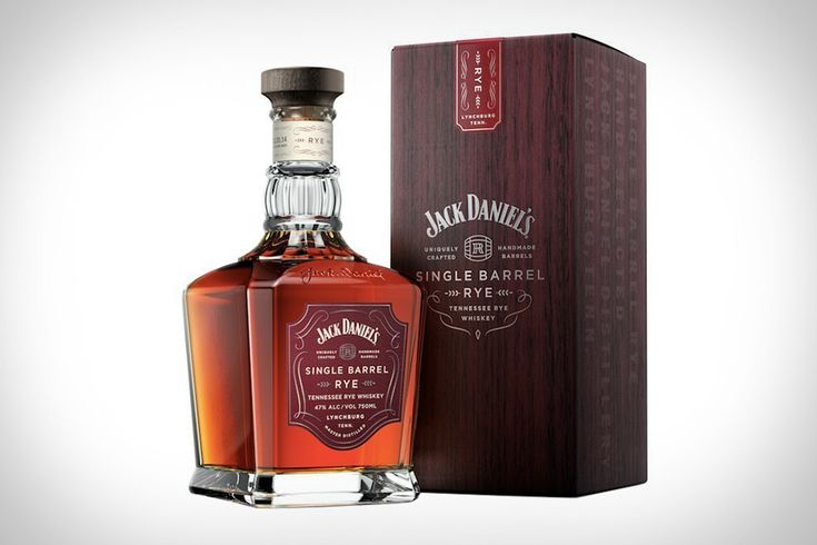When a legendary distillery like Jack Daniels unveils its first new grain bill in 100 years, we pay attention. That's the story behind Jack Daniels Single Barrel Rye Whiskey, the third release from Jack's Single Barrel Collection. Using the same...