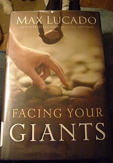 Facing Your Giants by Max Lucado ~ Haven't read but would like to: Books Pt, Worth Reading, Faith Books, Passionate Bookie, Real Books, Books Worth, Reading List, Summer Reading, Books Books