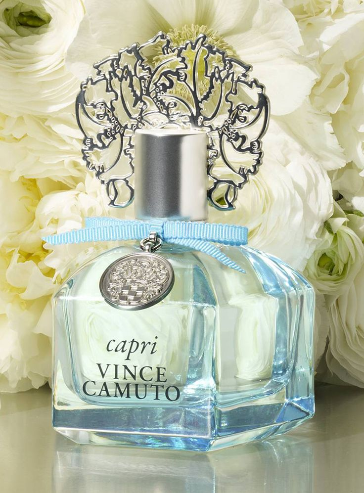 Vince Camuto has captured the cool breeze off the Mediterranean Sea in a bottle! Capri eau de parfum is a fruity and floral scent that transports you to another place.