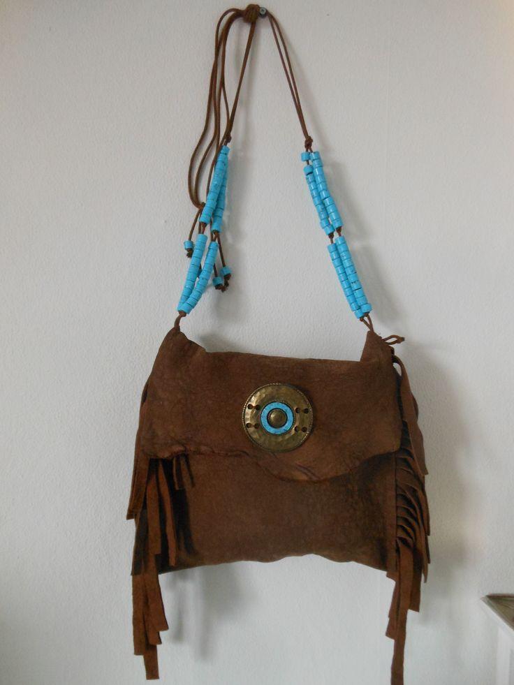 Ibiza style tas. Prachtig leer. Voor meer details kijk op JANET Handgemaakte tassen op FB