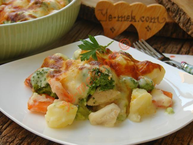 Fırında Beşamel Soslu Tavuklu Brokoli Resimli Tarifi - Yemek Tarifleri