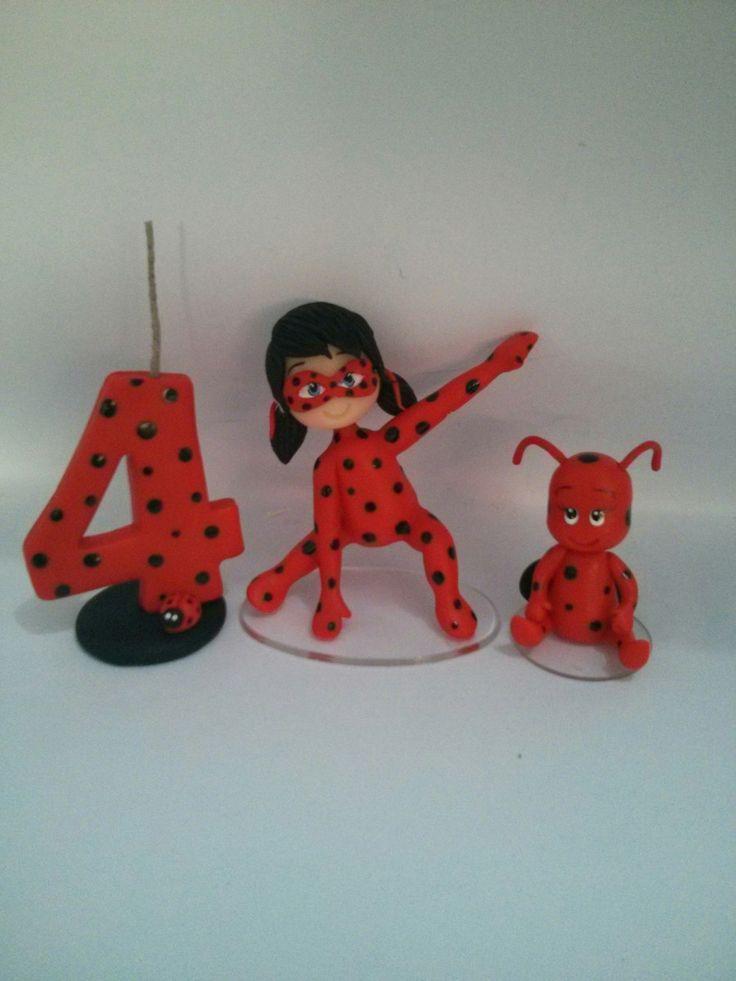 Topo de bolo do desenho Miraculous... Ladybug...