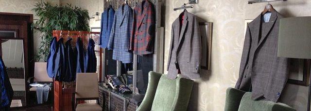An exclusive service for lovers of Italian tailoring. #madeinitaly #artigianato #sartoriaitaliana #italiantailoring