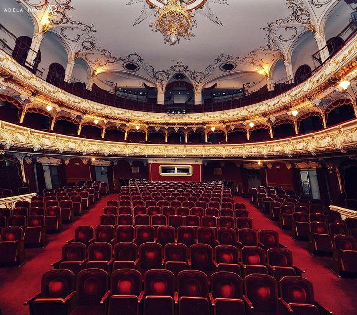 ''Teatrul este o radiografie spirituala si sociala a unei epoci.''-Stella Adler Un spectacol de teatru sta in primul rand sub semnul artei ,al frumosului,in care starea de spirit si aspectul fiecar...