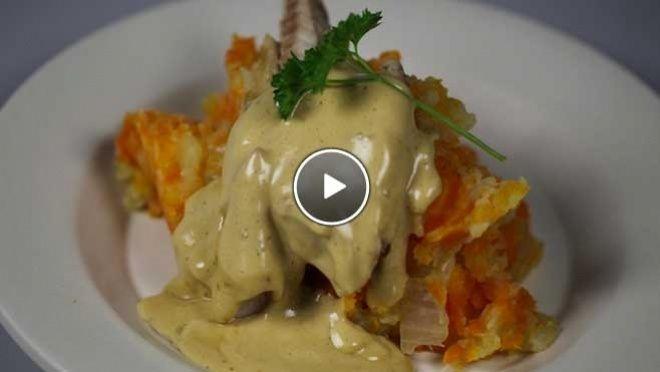 Hutspot met gerookte makreel & snelle hollandaise saus - recept | 24Kitchen