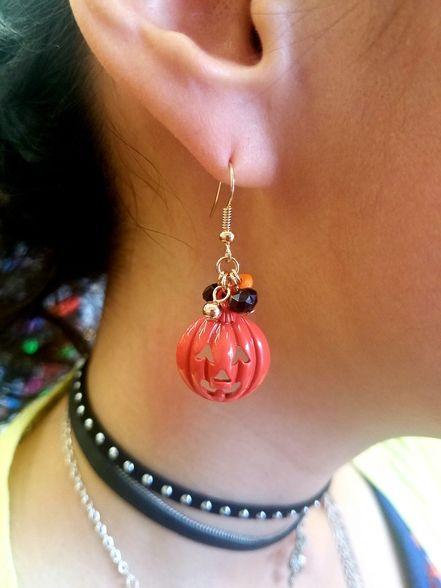 Fashion Jewelry, Trendy Jewelry, #HalloweenJewelry, #PumpkinEarrings, Inexpensive Jewelry