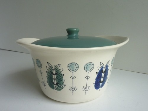 SCANDINAVIAN 1960's EGERSUND NORWAY POTTERY CASSEROLE 35 pounds