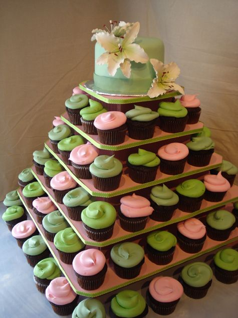 Cute idea for a baby shower, then freeze the cake on top for their first birthday!