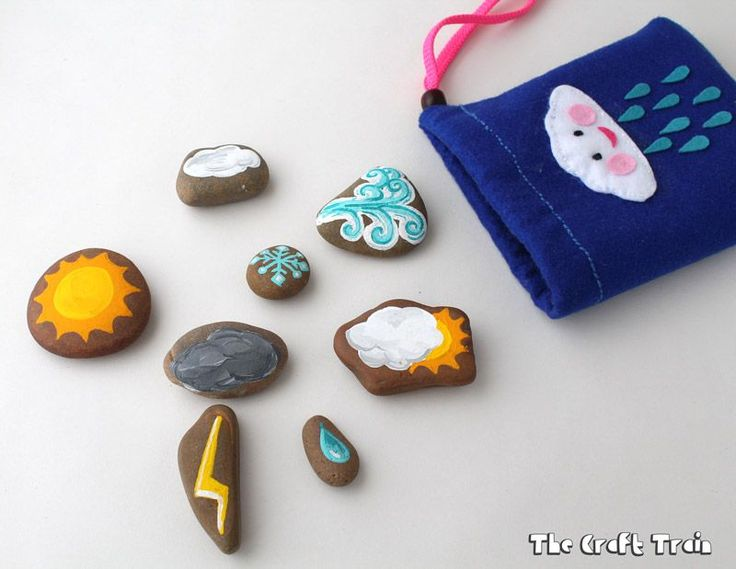Simple stone craft for kids...tutorial for weather stones and felt bag!