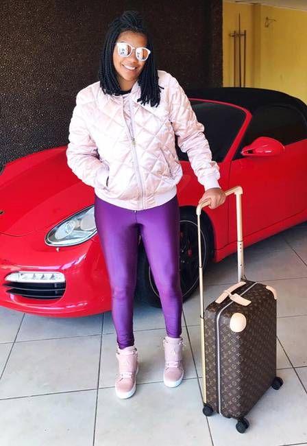 Aos 21 anos, cantora Ludmilla compra Porsche de R$ 400 mil e mansão #Anitta, #Banda, #Cantora, #Dj, #Funk, #Hoje, #Ludmilla, #M, #Musical, #Nova, #Paris, #Popzone, #Rihanna, #RioDeJaneiro, #SemQuerer, #Show, #Sucesso http://popzone.tv/2017/03/aos-21-anos-cantora-ludmilla-compra-porsche-de-r-400-mil-e-mansao.html